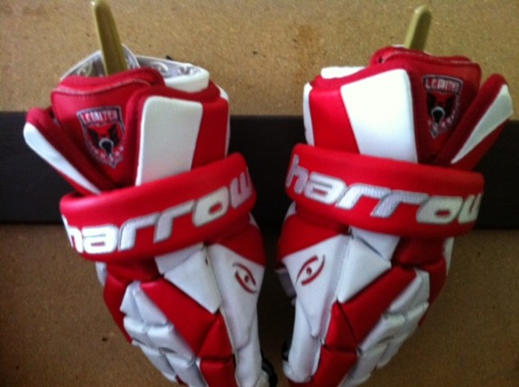 Harrow Lacrosse gloves LC UNited Philly boxla
