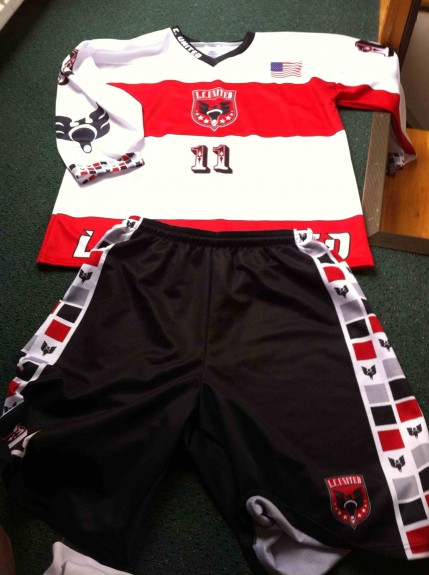 LC United box lacrosse pRague jersey sweater