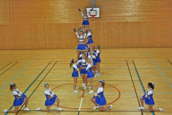 MIDAS cheerleaders Oslo Norway