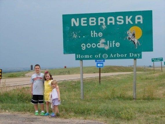 Nebraska-State-Line