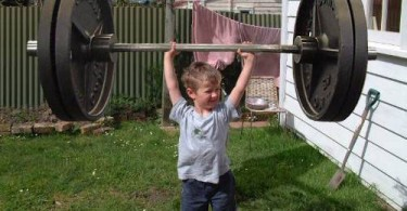 kids-weight-lifting