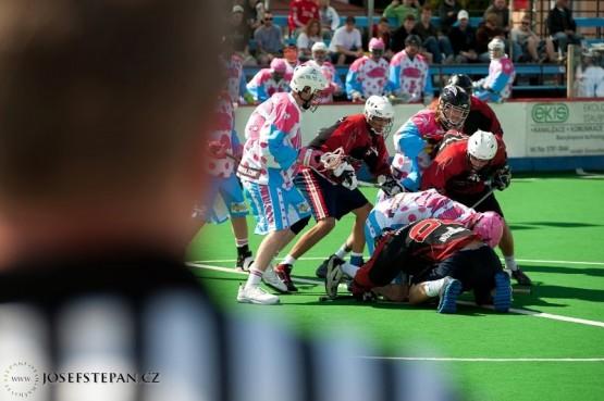 box lacrosse face off