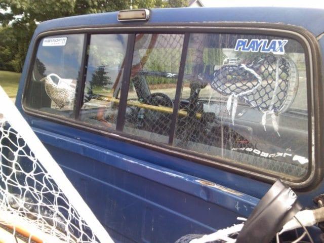 play_lax_lacrosse_gun_rack