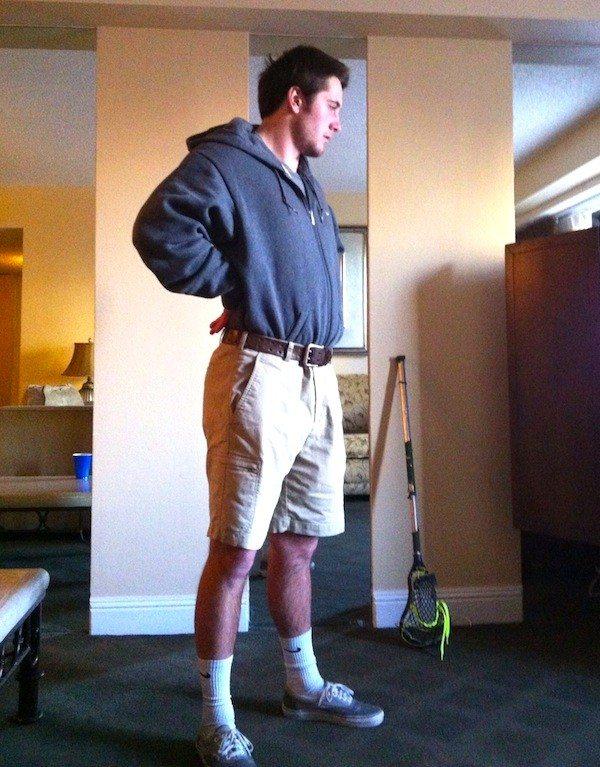 vegas sweatshirt tuck