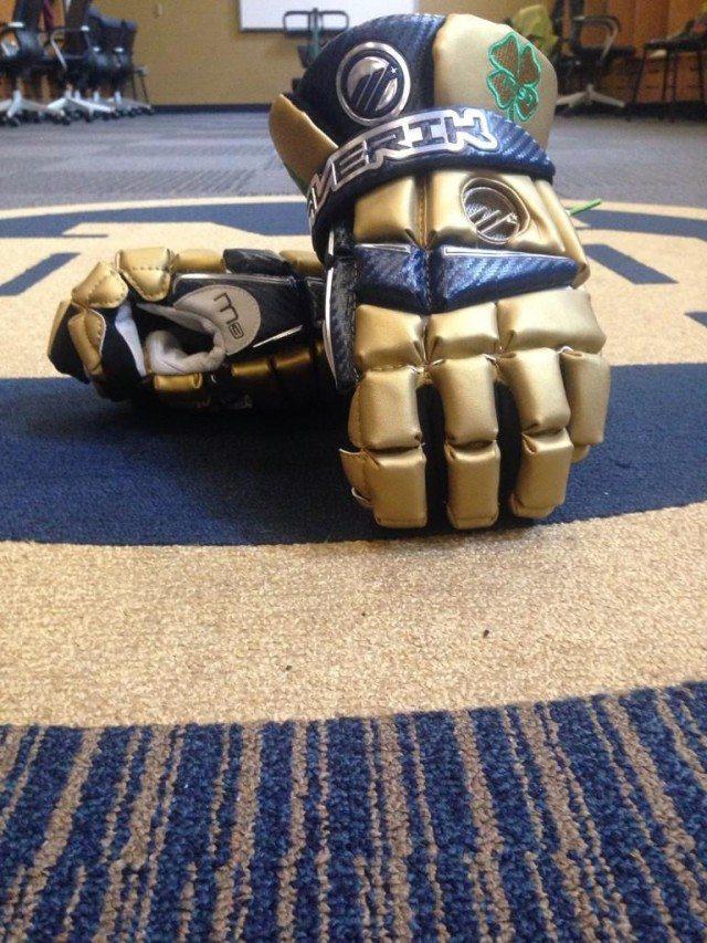Notre Dame Maverik M3 gloves