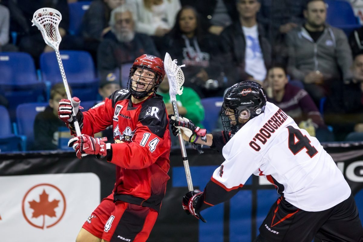 Wes Berg Chris O'Dougherty Vancouver Stealth Calgary Roughnecks NLL 2016 Photo: Garrett James