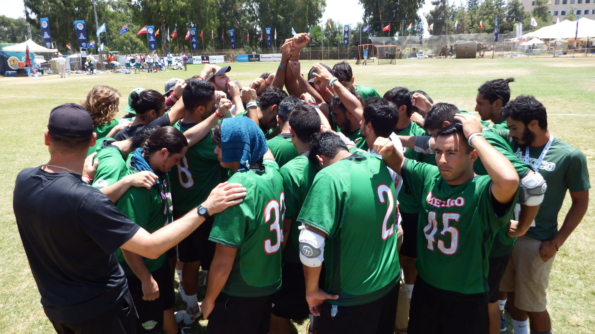 Team Mexico's Final Huddle