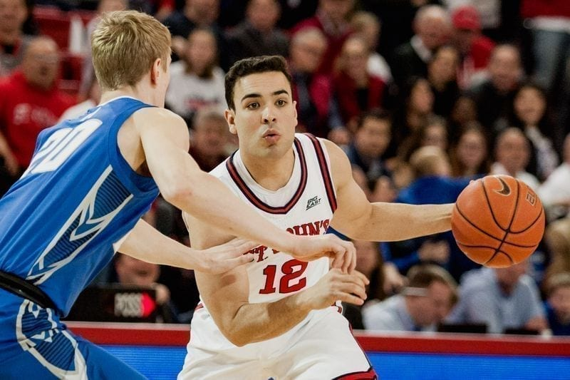 di middie to point guard: Thomas O'Connell